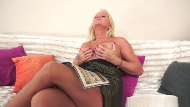 Euro Granny Butt Banged By Big Black Cock celebrity blow job scene