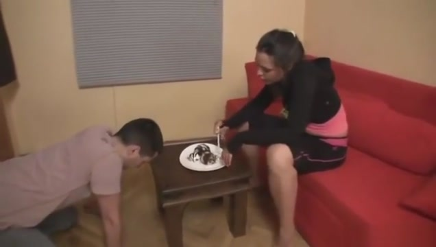 Eating cake on a serbian ladys feet 30 year old female dating 23 year old