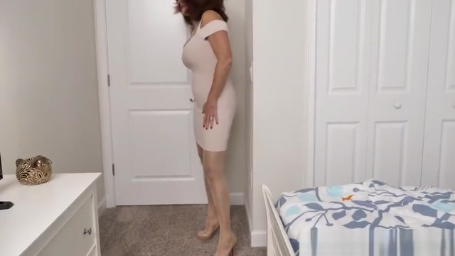 American milf Andi James rubs her pantyhosed pussy Mia khalifa and juliana vega stepmom