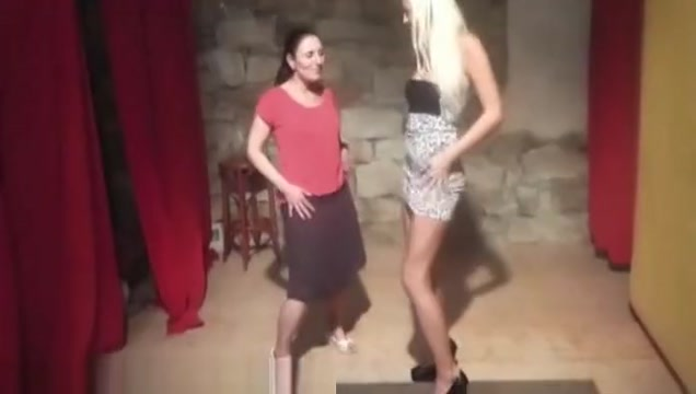 Beauty blonde teaches her shy friend naked soccer mom and girl