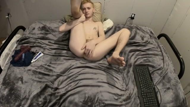 Tight Ass Teen Virgin Flint Wolf Finger Fuck Public porno video