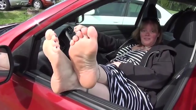 Feet 17 adult channel for free
