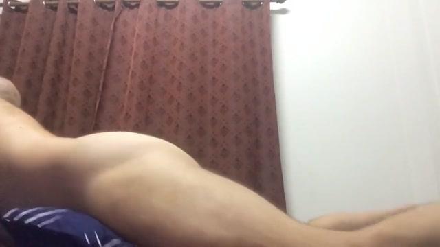 Thai ladyboy endulges deep in farang bubble butt Nepali Didi Vai Xxx