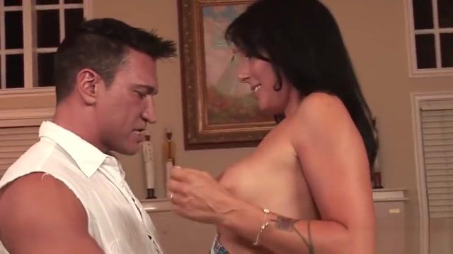 Wife Zoey Holloway Cheats, Hubby Watches Swollen clitroris during preganancy