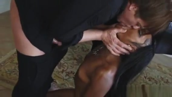 Sweet And Lovely Shae Spreadz Sucking A Huge Cock