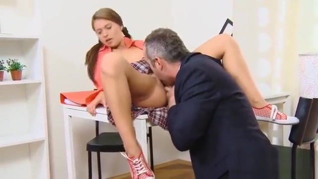 Natural Schoolgirl Gets Seduced And Banged By Her Aged Tutor Hookup a girl out of your league reddit