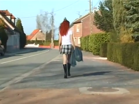 Rousse baise pictures of sexy girls in tight miniskirts