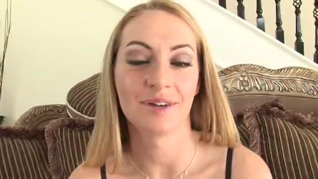 Lovely lady in cumshot XXX scene Milfs and blow job
