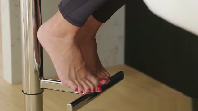 Stepson Loves Feet my wife aving an orgasm while i watch