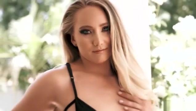 Hot as fuck blonde deep throats a dick