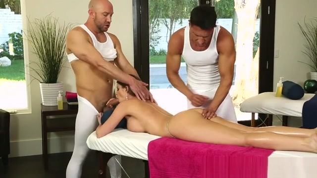 WILL POWERS and MARCO BANDERAS - Delicious Guys