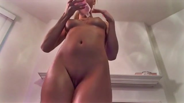 Lovelyparis Oiled Ass Dildo Ride Bbw white slut with different breast sizes