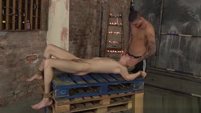 Waxed young gay Alexis Tivoli facialized after blowjob shirt and tie fetish