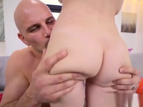 Schoolgirl Hailey Little Blows Drivers Monster Cock How a bride shaves her pussy