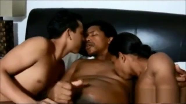 Jorges Gang - Bigote Pays Back Hugo tamil cinema sex video
