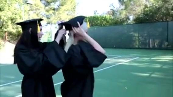 Gorgeous College Teens On Graduation Pussy Licking