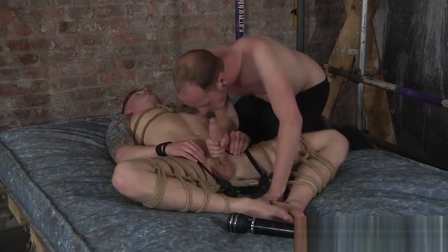 Sean Taylor ties up his bottom bitch Tyler Underwood Mothers Grup Sex