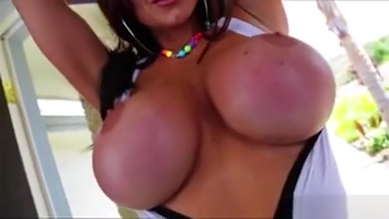 Kendra Sweet Titty Fuck And Deepthroat