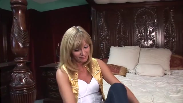 WILD MOMS and DAUGHTERS - Scene 2 bikini best videos with ass