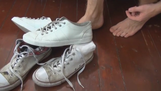 Two Sexy Gay Boys Foot Fetish Play you porn ezra girls