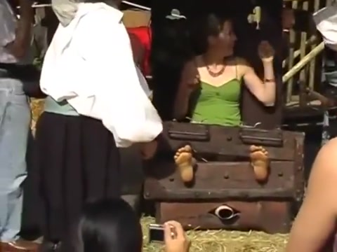 Canelli Renfaire - Hot Blonde Tickled Xxxcvideo Play