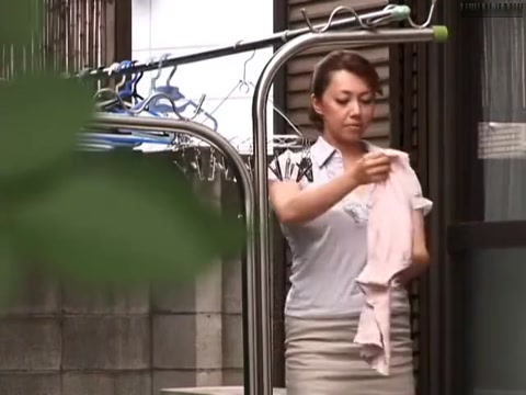 Kazama Yumi in Bra Mother-in-law free porn tube xvideos beeg and pornhub videos