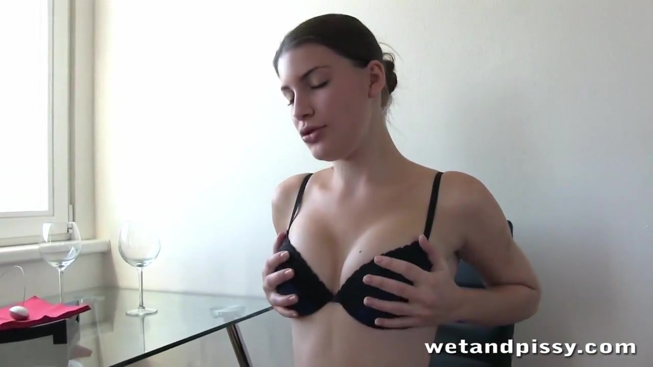 Czech brunette fires piss into the toilet