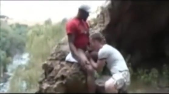 White Guys Gets Fucked By A BBC On The Nature trail couple amateur sexe gratuit