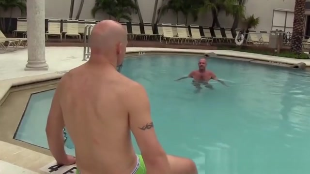 Handsome gay couple bareback fuckfest in their pool Best places for singles in dallas