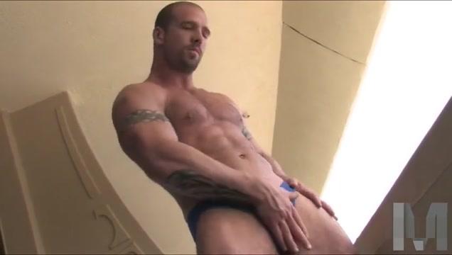 Muscle Hunk Cumshot megan monroe big tits at work