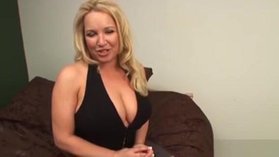 Milfy Blonde Hottie Rachel Love Slowly Pops Open The Buttons Ebony ass mobile