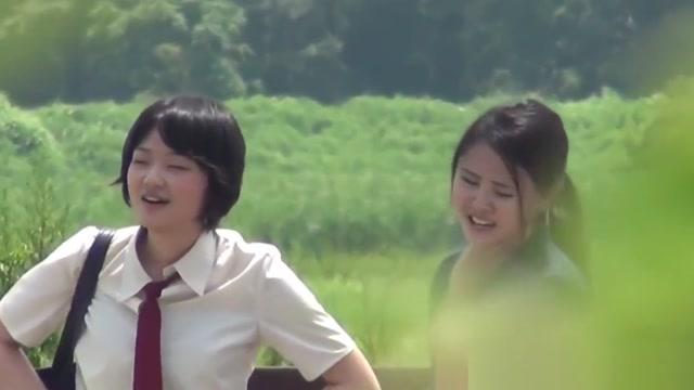 Japanese students piss Pissing vegas