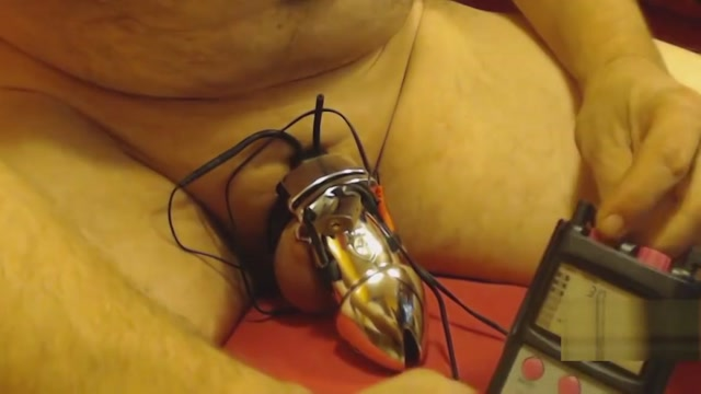 ELECTRIC CAGE Sexy men underwear video