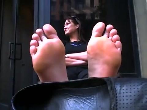 sweaty sexy feet walked in on son fucking