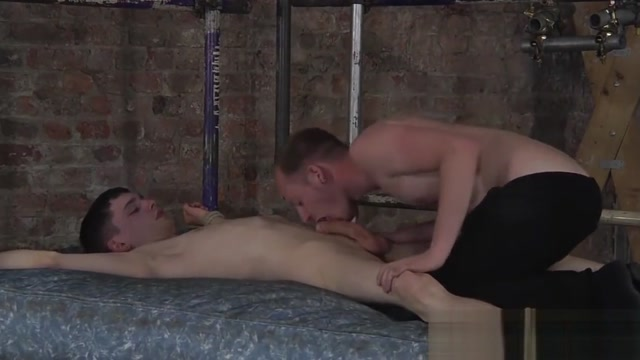 Horny dom makes his submissive twink spray warm juice vaginal odor discharge no std