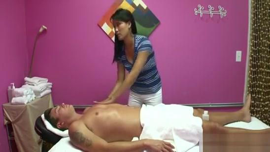Dudes Penis Gets Pleasured To Max During Massage Rabbit vibrator mini paypal