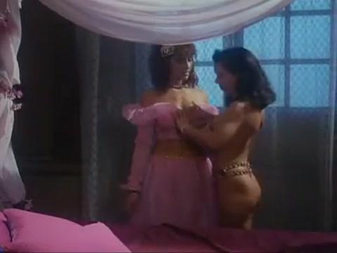 Simona Valli - Esclaves Au Harem latest wifeysworld video anal