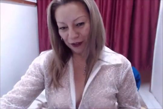 Hot Latina MILF with good biceps Gay Naked Sex Video