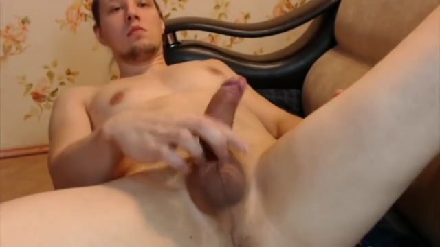 YOUNG GUY WANKING WATCHING PORN naked women sleeping together