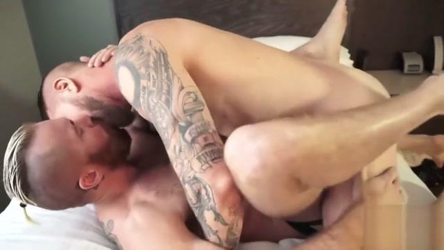 Rocco Steele fucks Zack Acland Lulu Love is having a cool outdoor sex