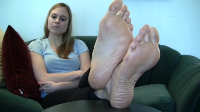 Beautiful Blonde Feet Want to have some drinks in Puerto Plata