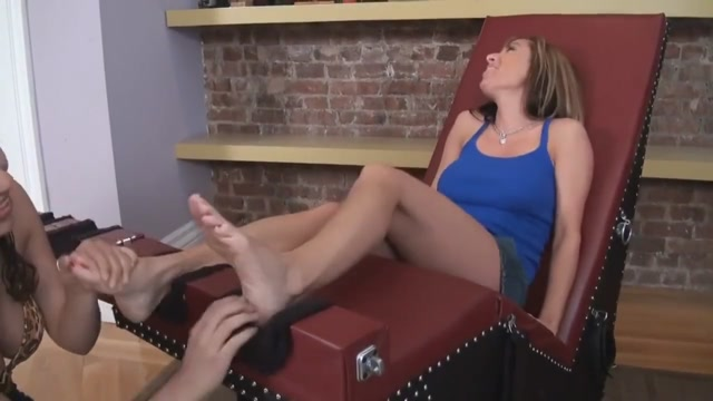 Nikki milf feet torture