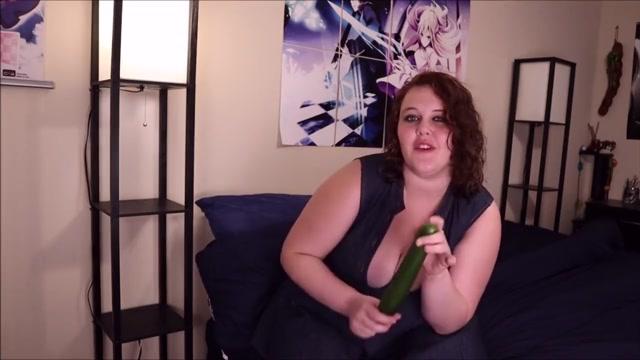 Amber Xtras Produce Food Masturbation Series girl using dildo vid