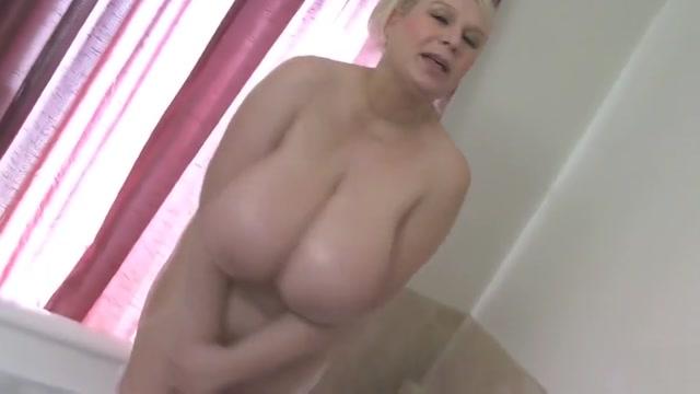 Big Tits Samantha Bathes Boobs Prostitute in cambridge