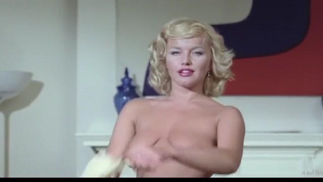 Vintage Porn - Best Of Olinka Hardiman Large penis of pretty boyfrend stuffs her asshole