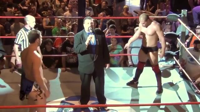 Hot Wrestling Men: Gulak vs Dickinson Ladies showing breast