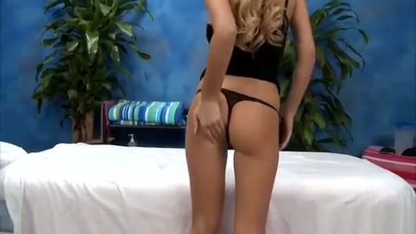 Massage Cutie With Tattooes Gets Full Pleasure Of Sex Natural women naked ass