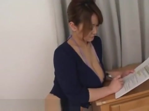 Busty asian with natural big boobs Mujeres sexuales con hombres