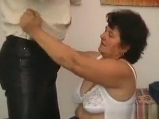 josefine masturbating bate Plump wife saagy boobs nude
