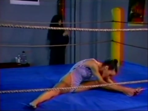 hot lesvo oil wrestling Mature double penetration (camaster)